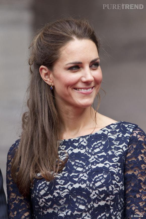 Kate Middleton, sage et élégante.