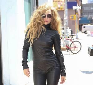 Lady Gaga en combinaison de cuir : catwoman comme nouvelle inspiration mode