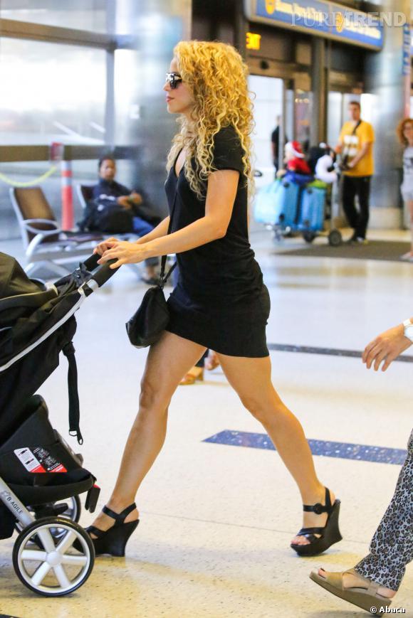 Après s'être plainte d'avoir une silhouette de Shar Pei, Shakira a finalement retrouvé la forme après son accouchement.