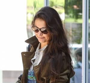 Katie Holmes : la salopette en jean fait son retour... A shopper !