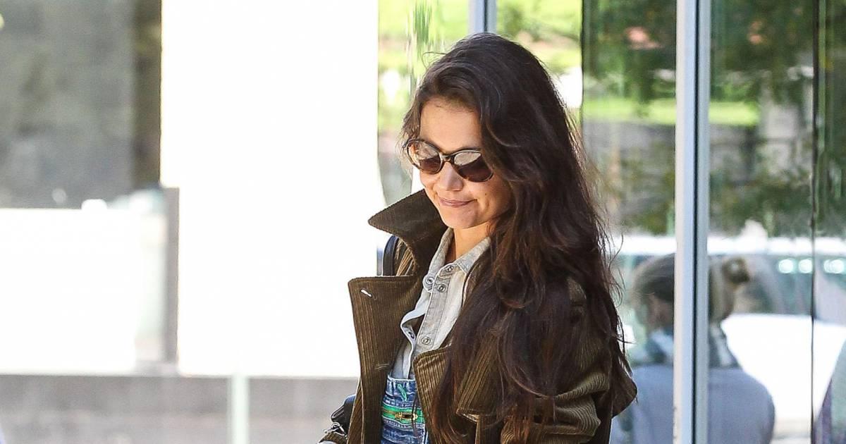 Katie Holmes : la salopette en jean fait son retour... A ...