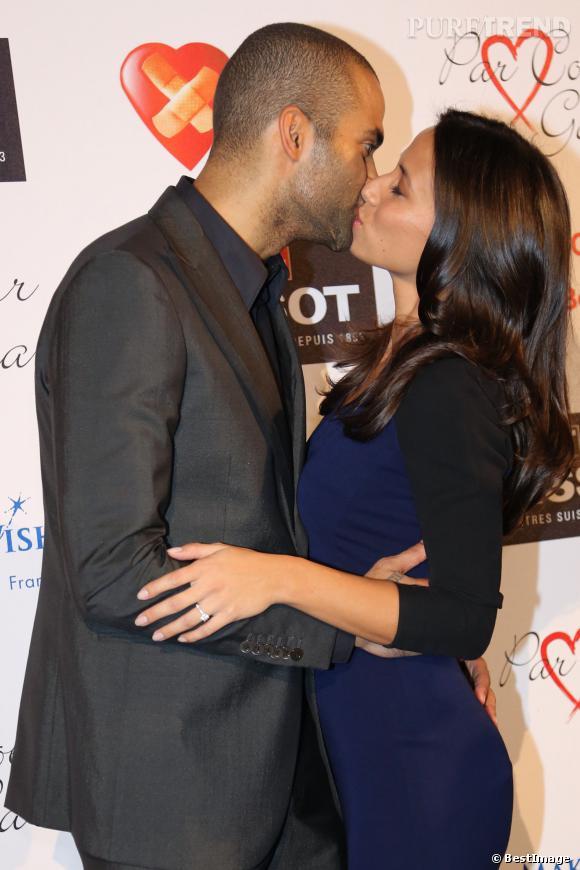 Tony Parker et Axelle Francine, fous amoureux au Gala Par Coeur le 26 septembre 2013.