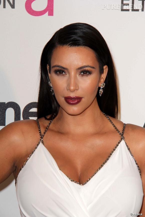 Kim Karsashian ne profite pas de sa grossesse pour se calmer côté beauté.