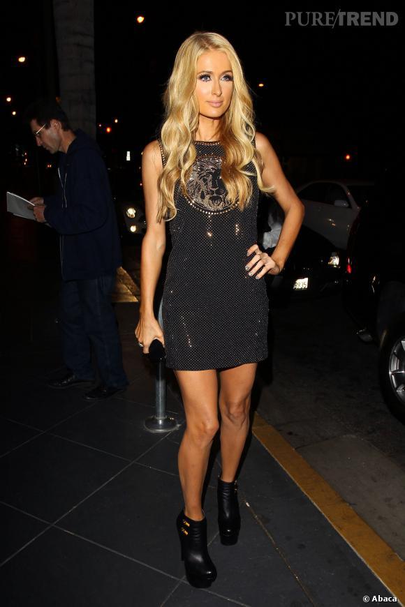 Paris Hilton mène de front sa carrière de DJ, de jet-setteuse et de chanteuse...