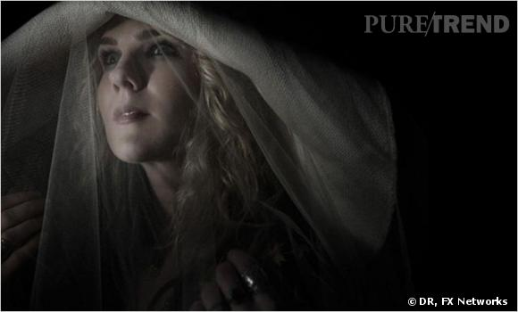 """""""American Horror Story"""" saison 3 :     L'actrice  : Lily Rabe.    Son rôle :  Misty Day."""