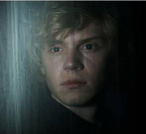 """American Horror Story"" saison 3 : L'acteur : Evan Peters.  Son rôle : Kyle Spencer."