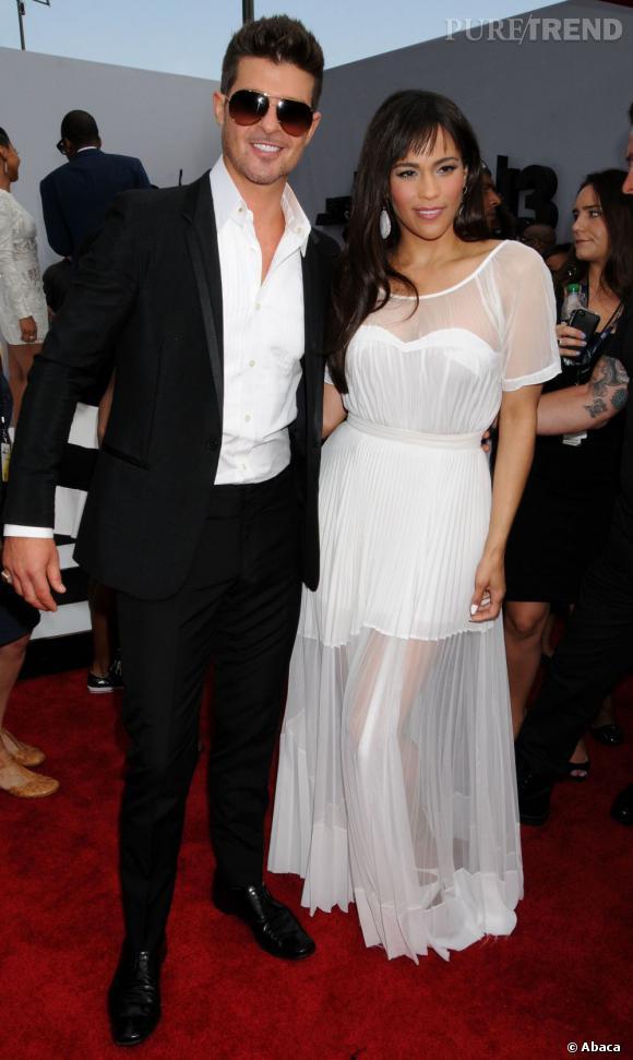 Robin Thicke affirme que Blurred Lines est pour sa femme, Paula Patton.