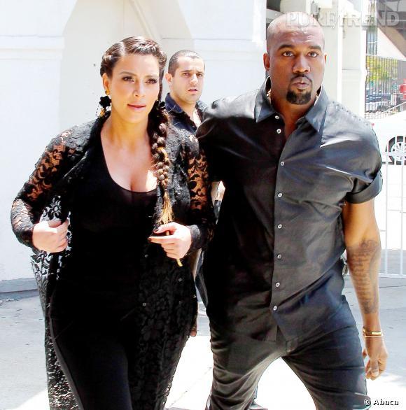 Kanye West aurait demandé Kim Kardashian en mariage le jour de son anniversaire, dans le stade qu'il avait loué pour l'occasion.