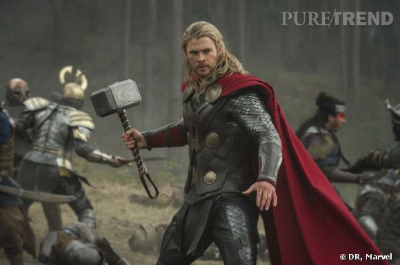 """Chris Hemsworth dans """"Thor : Le Monde des Ténèbres""""."""