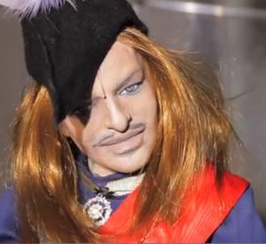 Le mea culpa de John Galliano parodié en marionnette par le magazine Vestoj.
