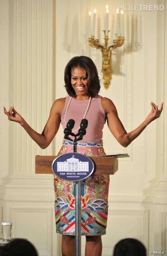 Michelle Obama en plein discours à la Maison Blanche à Washington.