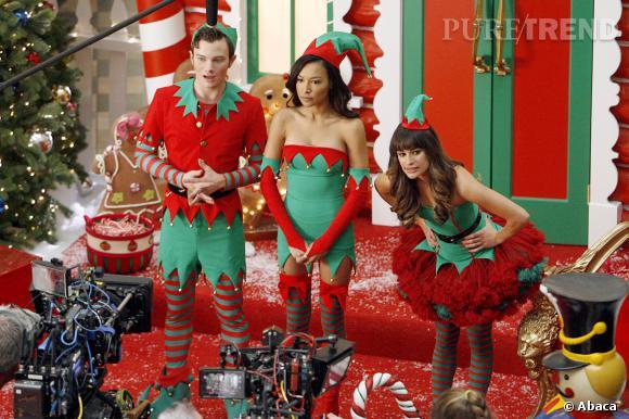 "Chris Colfer, Naya Rivera et Lea Michele fêtent Noël dans ""Glee""."