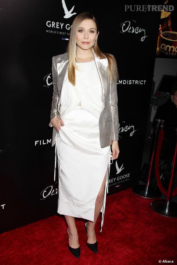 """Elizabeth Olsen à la première de """"Oldboy"""" à New York."""
