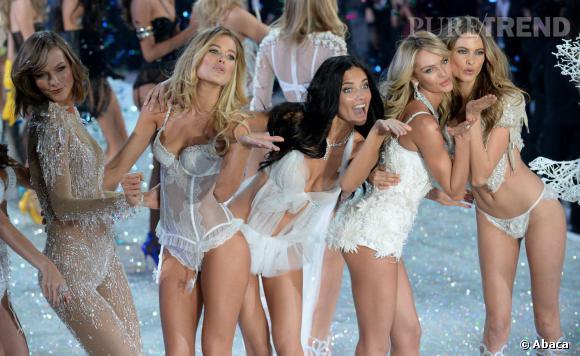 Karlie Kloss, Doutzen Kroes, Adriana Lima, Candice Swanepoel et Behati ont défilé lors du show Victoria's Secret 2013 le 14 novembre à New York.