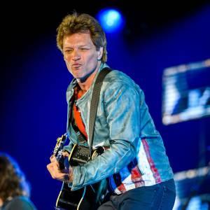 Le rockeur Jon Bon Jovi arrive à la troisième position avec 79 millions de dollars.