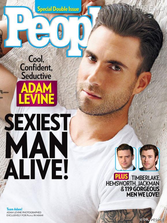 """Adam Levine nommé """"homme le plus sexy de la planète"""" par People."""