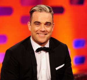Mais où Robbie Williams a bien pu pécher l'idée de cette coloration ?