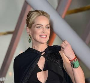 Sharon Stone, honorée à Marrakech : un décolleté très sexy sous cape !