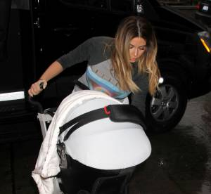 Kim Kardashian, mère indigne ? Attaquée sur Twitter, elle voit rouge !