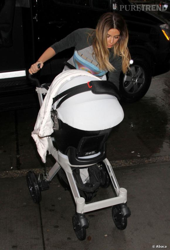 Accusée d'être une mauvaise mère sur Twitter, Kim Kardashian s'énerve !