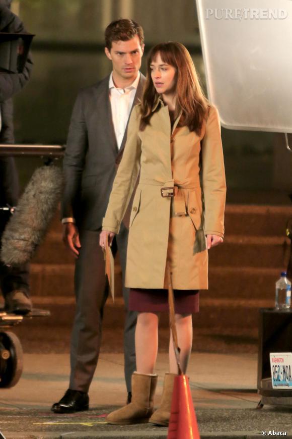 """Dakota Johnson et Jamie Dornan sur le tournage de """"50 Shades of Grey""""."""