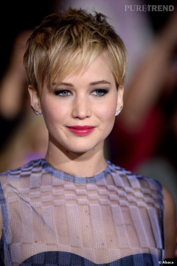 Jennifer Lawrence 10ème avec 700millions de dollars.
