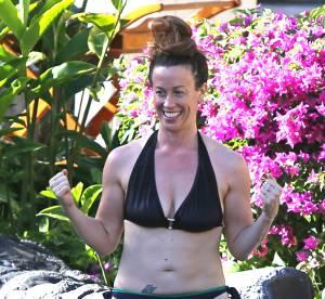 Alanis Morissette : comment mal choisir son bikini