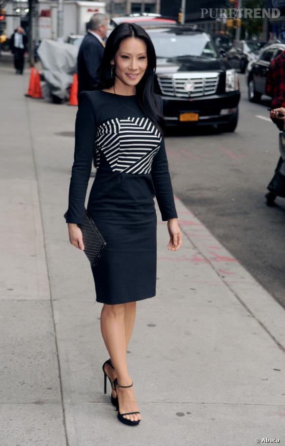 Look impeccable pour Lucy Liu, qui s'offre aussi le luxe d'être une vraie fashionista.