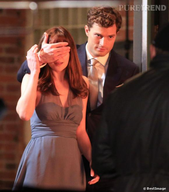 "Jamie Donan et Dakota Johnson sur les tournages de ""Fifty Shades of Grey""."