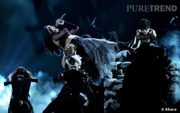 Katy Perry apporte son univers au Grammy Awards 2014.