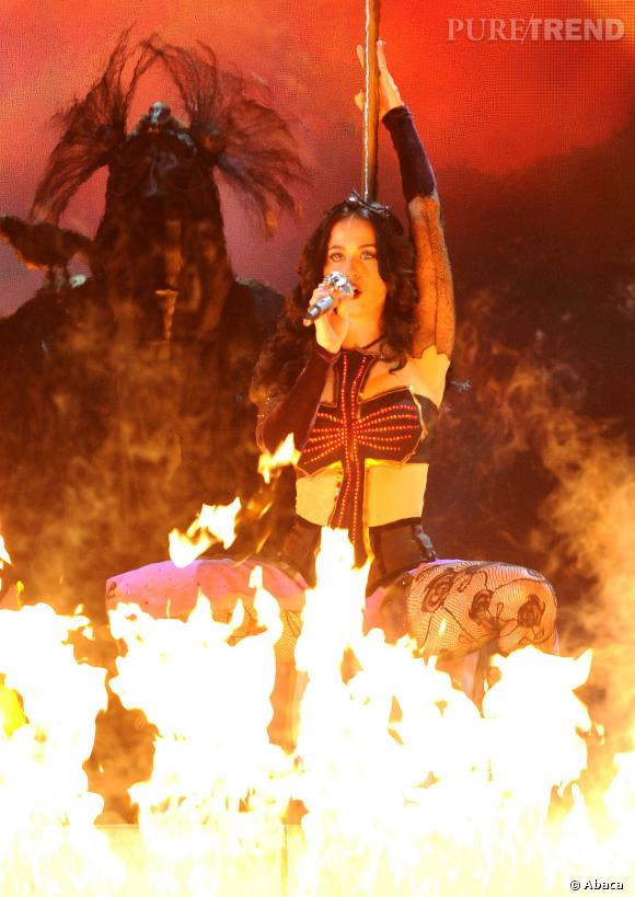 Katy Perry, un show spectaculaire au Grammy Awards.