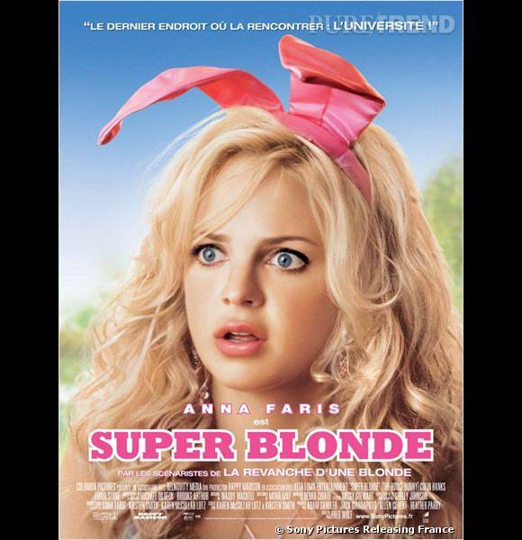 """Anna Faris, une ex-Bunny en pleine reconversion (improbable) dans """"Super Blonde""""."""
