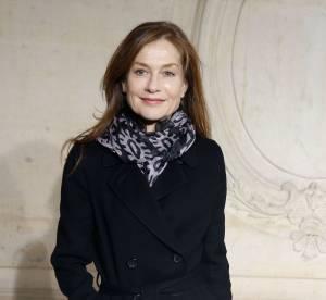 Isabelle Huppert en 30 looks, reine de l'élégance