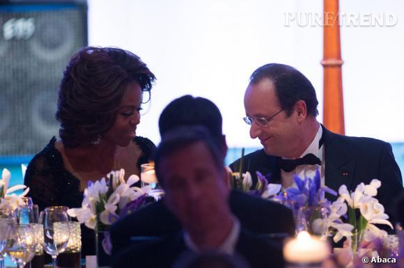 François Hollande est resté scotché à sa chaise durant la prestation de Mary J. Blige tandis que Michelle Obama et son mari Barack Obama étaient dans le rythme pour la réception à la Maison Blanche.