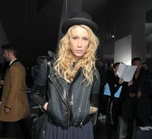 Marie de Villepin est une fashionista à tendance bohème. Sa paire fétiche ? La botte haute en cuir souple.