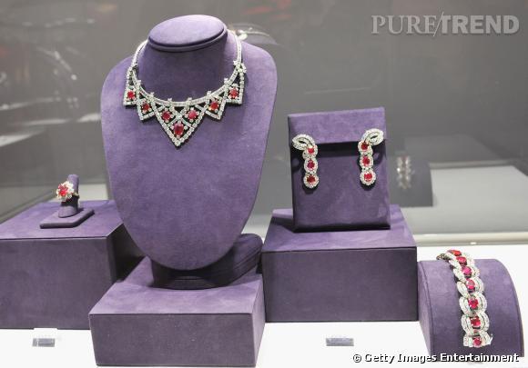 La parure en rubis de Birmanie et diamants.