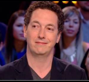 Guillaume Gallienne, invité sur le plateau du Grand Journal, le 3 mars 2014, il se confie sur son ressenti après les cinq prix raflés aux César.