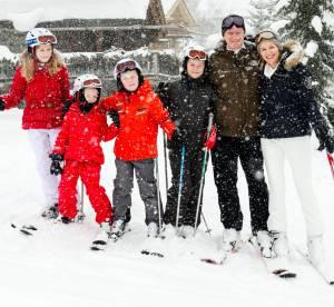 Reine Mathilde de Belgique : des vacances au ski en famille
