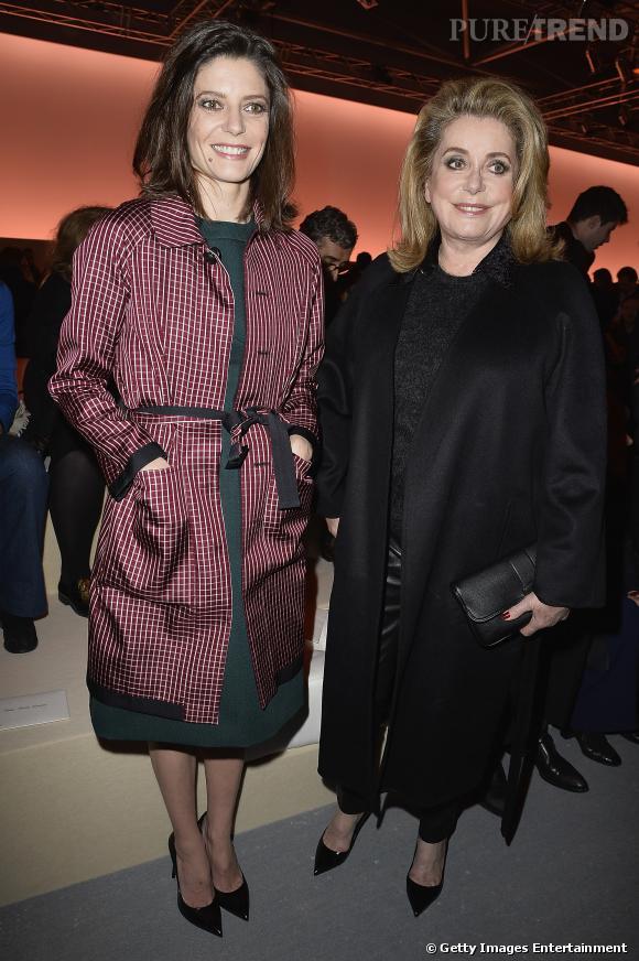 Catherine Deneuve et Chiara Mastroiani se sont rendue au défilé Automne-Hiver 2014/2015 de Louis Vuitton.