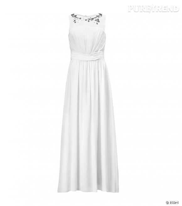 H&M dévoile sa robe de mariée à 79,95€ disponible dès le 27 mars 2014.