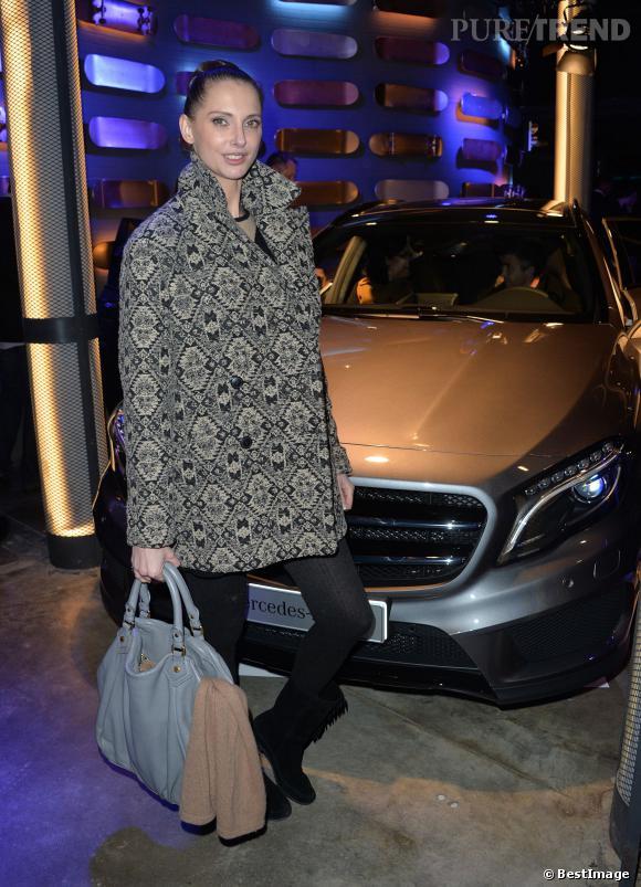 Frédérique Bel, simplement canon pour la soirée Mercedes, le 11 mars 2014.