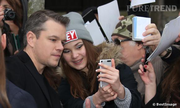 """Matt Damon lors de son arrivée à l'émission """"Vivement Dimanche"""" le 12 février 2014."""