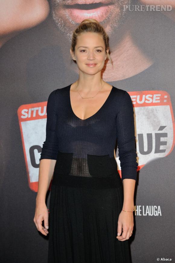 """Virginie Efira, renversante à la première de """"Situation amoureuse : c'est compliqué"""", lundi 17 mars 2014."""