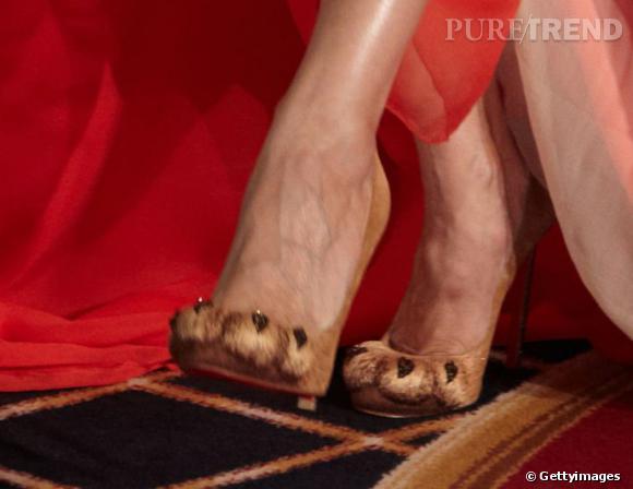 Les escarpins rugissants en fourrure Christian Louboutin de Sarah Jessica Parker en 2011.
