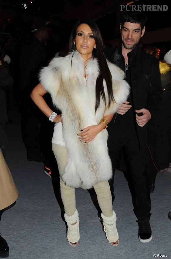 Kim Kardashian en front row du défilé Kanye West Printemps-Été 2012.