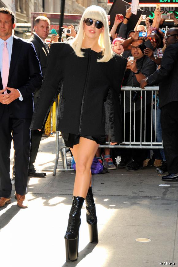 Lady Gaga ne touche plus terre en 2013.