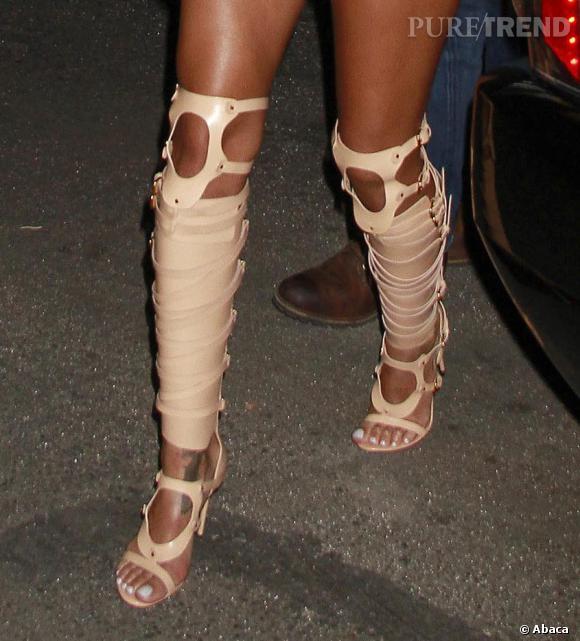 Les sandales gladiateur Tom Ford de Rihanna en 2013.