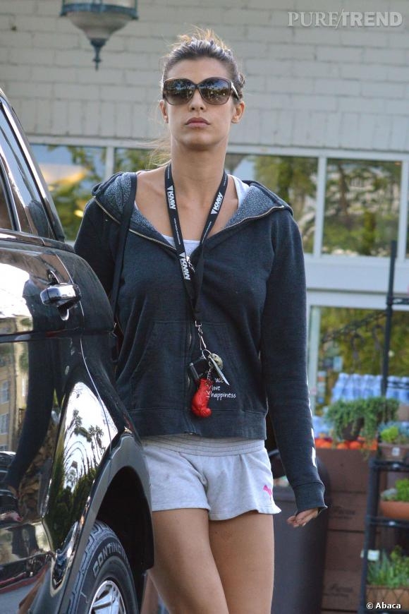 Le 26 mars à LA, Elisabetta Canalis faits ses courses dans une tenue très (trop?) relax.