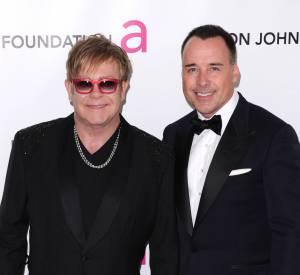 Elton John et David Furnish à la Elton John AIDS Foundation Academy Awards de février 2012.