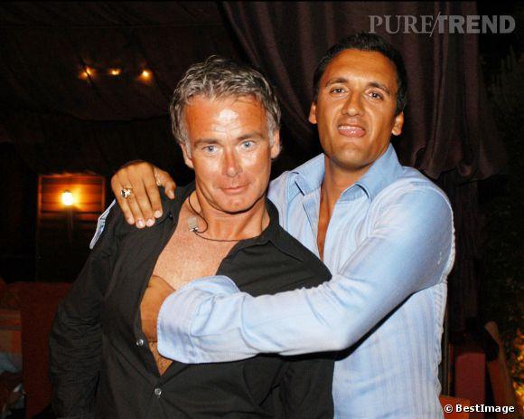 Franck Dubosc et Dany Brillant, intimes au VIP Room de Saint-Tropez en 2003.